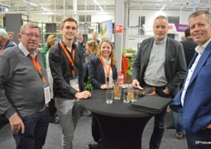 Cees Overgaauw en Sam van der Knaap van PB Techniek, Winny van Heijningen van LetsGrow.com, Ferry Breeuwer van Industria Lighting en Jaco de Vries van Priva