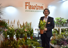 Dimitris Dimitrou of Fleurizon presenting one of their calla varieties, a crop they recently started to supply.