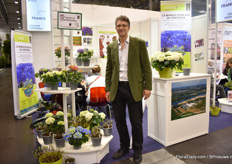 Karl Storf of Chauvin presenting their half finished plants in the French pavilion.