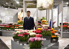 Davide Como of Biancheri Creations, one of Italy's largest ranunculus breeders. Here, presenting a part of their large assortment, including anemones, which they also breed.