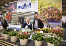Luise Kormann and Manfred Mehring-Lemper, both breeders at Westhoff. At the show, they were presenting several of their novelties in their calibrachoa and petunia series. Also on display their Fancyfillers, their structural plants.