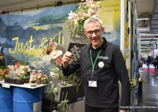 Albrecht Roeder of Smithers-Oasis presenting their foam products at the florists area.
