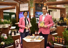 Biljana Bozanic Tanjga and Mario Kurt Gigerl of Pheno Geno presenting their edible flowers. Visitors could also taste them.