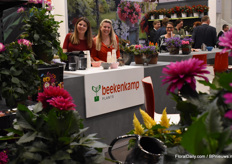 The ladies of Beekenkamp Kim van Oosten and Anieck Ruijgrok provided everyone who visited the stand with a nice drink.