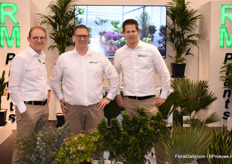 On the RM Plants booth a new potted plants line, the RM Squareline, was presented. Remi van Adrichem, Johan Winter and Bas Berk manned the stand.