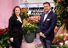 Saskia Bakker and Co Overduin of HilverdaFlorist with their Cheeky series. They introduced their Garvinea Cheeky series, which has the same growing characteristics as the other Garvinea's only this plant is more compact and produces a larger number of small flowers.